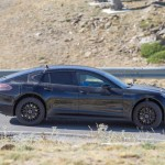 2017 Porsche Panamera Almost Revealed In These Spy Photos (3)