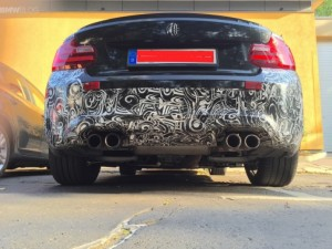 BMW M2 test car spied close up (3)
