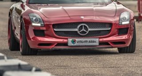 Drag Race – Corvette ZR1 vs Mercedes SLS vs Mercedes C63 – Video
