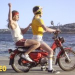 Etiquette for a male passenger on a motorcycle (4)