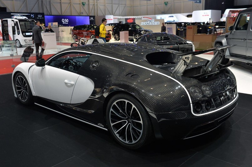 extreme custom mansory vivere bugatti veyron video dpccars. Black Bedroom Furniture Sets. Home Design Ideas