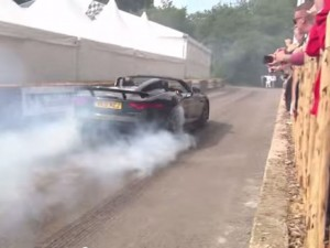 Hypercar and Supercar Burnout Competition (5)