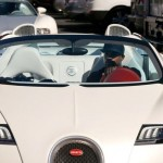 Mayweather causing a riot with Bugatti in Hollywood (1)