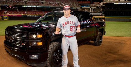 Mike Trout MLB All-Star MVP gets Chevrolet Silverado Midnight Edition (4)