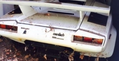 Neglected 1985 Lamborghini Countach with only 1700 miles on ebay (1)