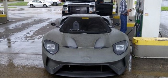 New Ford GT Caught In A Gas Station