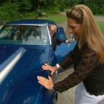 Woman Reunited With Stolen 1972 Corvette Stingray After 43 Years (8)
