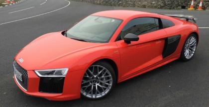 2.9-liter twin-turbo V6 engine Audi R8 will have 450 bhp