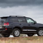 2016 Toyota Land Cruiser - Official (19)