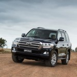 2016 Toyota Land Cruiser - Official (22)