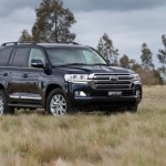 2016 Toyota Land Cruiser - Official (25)