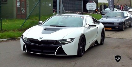 BMW i8 Coupe Drag Racing Other Supercars (2)