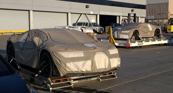 Bugatti Chiron prototype spies at LAX Los Angeles Airport