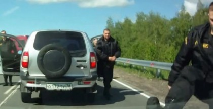 Don't cut off Russian Riot Police (2)