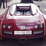 Double parked Bugatti Veyron gets a parking ticket (2)