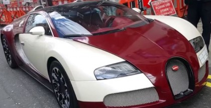 Double parked Bugatti Veyron gets a parking ticket (3)