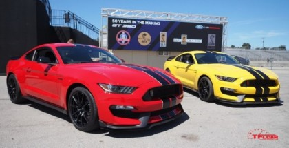 Everything you need to know about the 2016 Ford Mustang Shelby GT350 vs GT350R (1)
