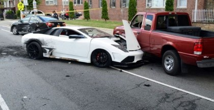 Lamborghini Replica Catches Fire After Five Car Accident (3)