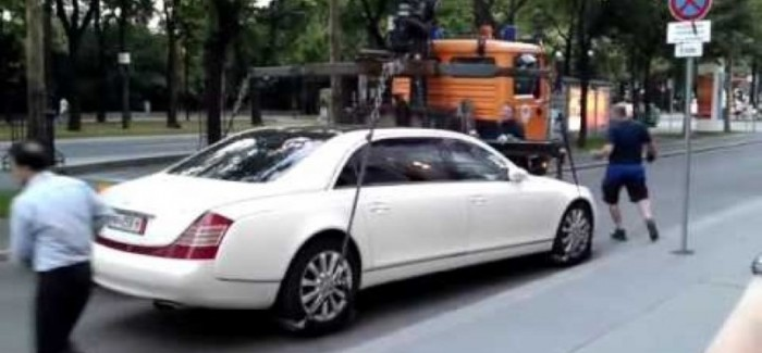 Maybach 62S too heavy to tow – Video