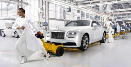 Rolls-Royce Assembly Line looks Like Lots Of Detailed Work (6)
