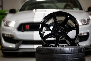 Shelby GT350R Mustang carbon fiber wheels Retail for nearly $30,000 (1)
