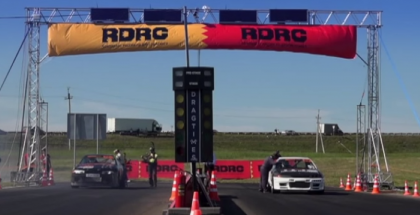 Super fast drag race - Nissan Skyline GT-R R32 vs GT-R R33 (1)