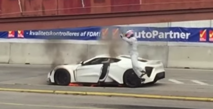 Zenvo ST1 catching fire caught on video (1)