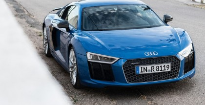 evo - New Audi R8 Review (4)