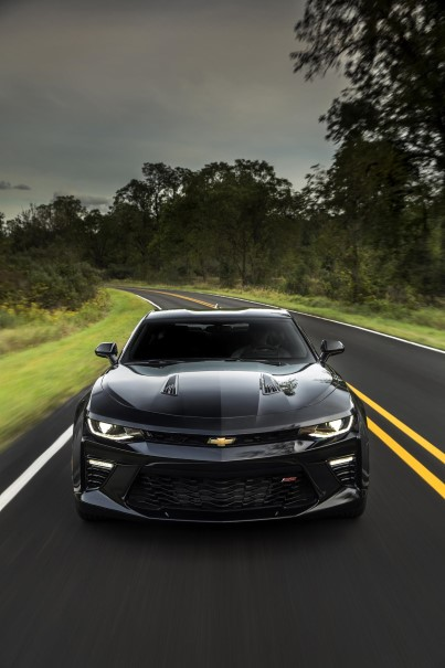 2016 chevrolet camaro performance specs ss model 0 60 mph run in 4 seconds dpccars. Black Bedroom Furniture Sets. Home Design Ideas