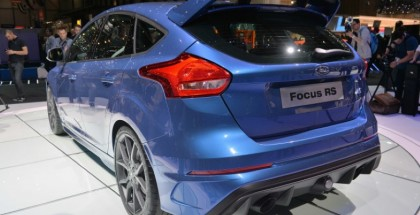 2016 Ford Focus RS will do 62mph in 4.7 seconds at a base price of $36,605 (2)