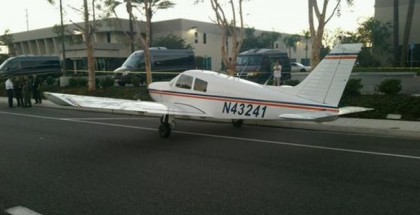 Airplane lands on a Irvine California street (4)