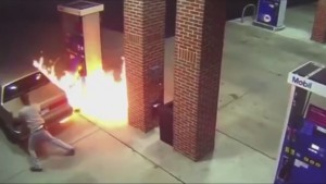 Arachnophobic man sets fire to his car and gas station to kill spider (1)