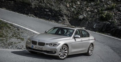 BMW 330e plug-in hybrid - Official (19)