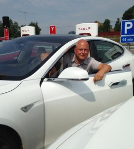 Christian von Koenigsegg talks about his daily driver Tesla Model S (2)