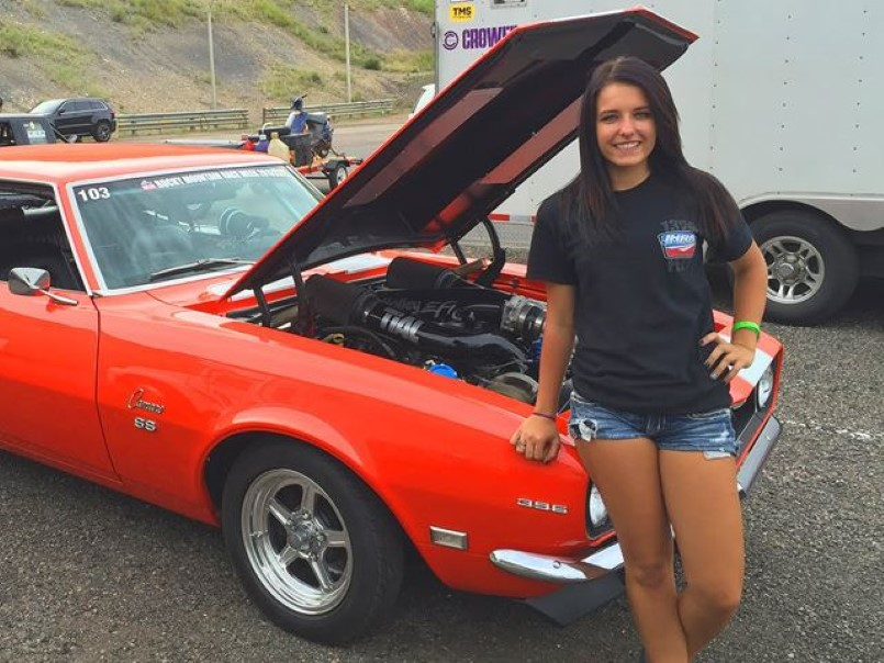 cute girl runs an 8 second quarter mile in her muscle car – video