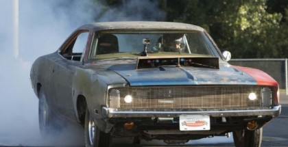 Motor Trend -  707HP Hellcat Engine in a 1968 Charger (1)
