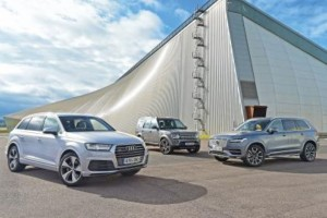 Old Land Rover Discovery vs New Audi Q7 vs New Volvo XC90 (1)