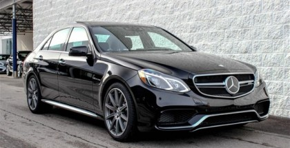 Stock 2015 Mercedes E63 S AMG Drag Race Test (1)