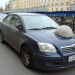 This Is How Russians Punish Drivers Who Parked Illegally (2)