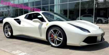White Ferrari 488 Spider Caught In China (5)