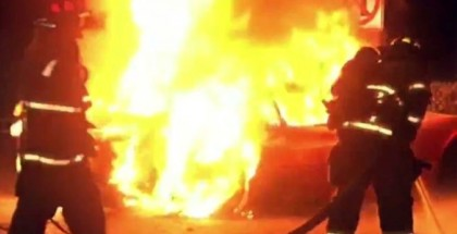 1978 Ferrari 308 bust into flames in at a California gas station (3)
