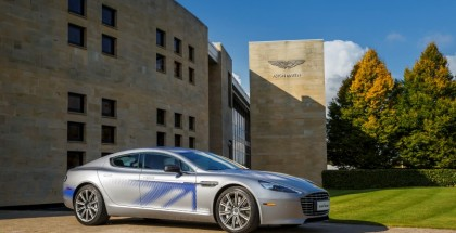 Aston Martin Fully Electric RapidE Concept - Official (1)