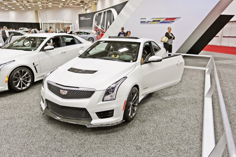 cadillac s 2016 ats v cts v crystal white frost editions. Black Bedroom Furniture Sets. Home Design Ideas