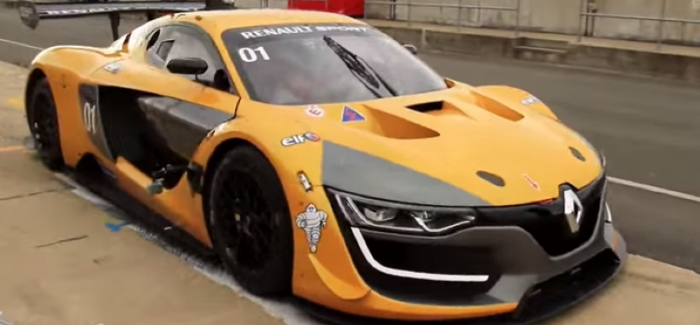 Chris Harris goes nuts over Renault Sport R.S. 01 – Video