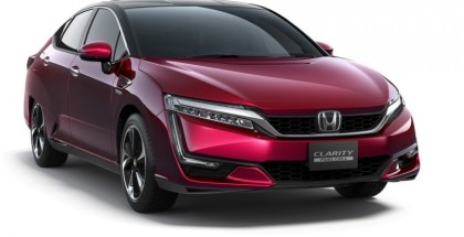Honda CLARITY FUEL CELL revealed in Tokyo (2)