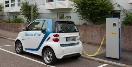 Lack Of Electric-Vehicle Charging Stations getting People Angry