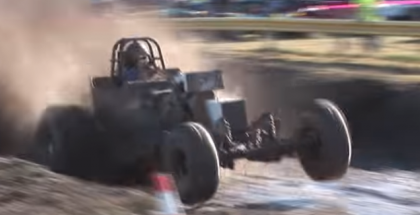 This mud drag racers neck will never be the same (1)