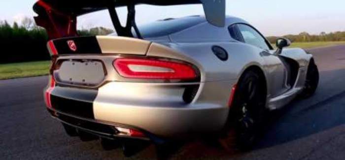 2016 Dodge Viper ACR Is Undisputed Track Record King