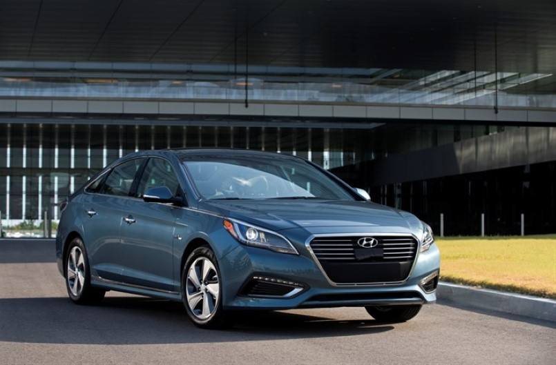 2016 Hyundai Sonata Plugin Hybrid Electric Vehicle boasts a class