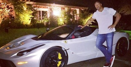 Dwayne -The Rock- Johnson is too big for hypercars (1)